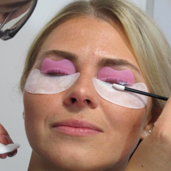 N|EYE|S Cursus wimperlifting Training